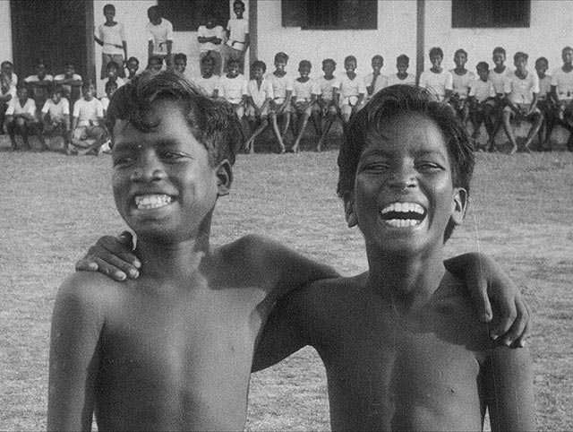 Around India with a Movie Camera - image